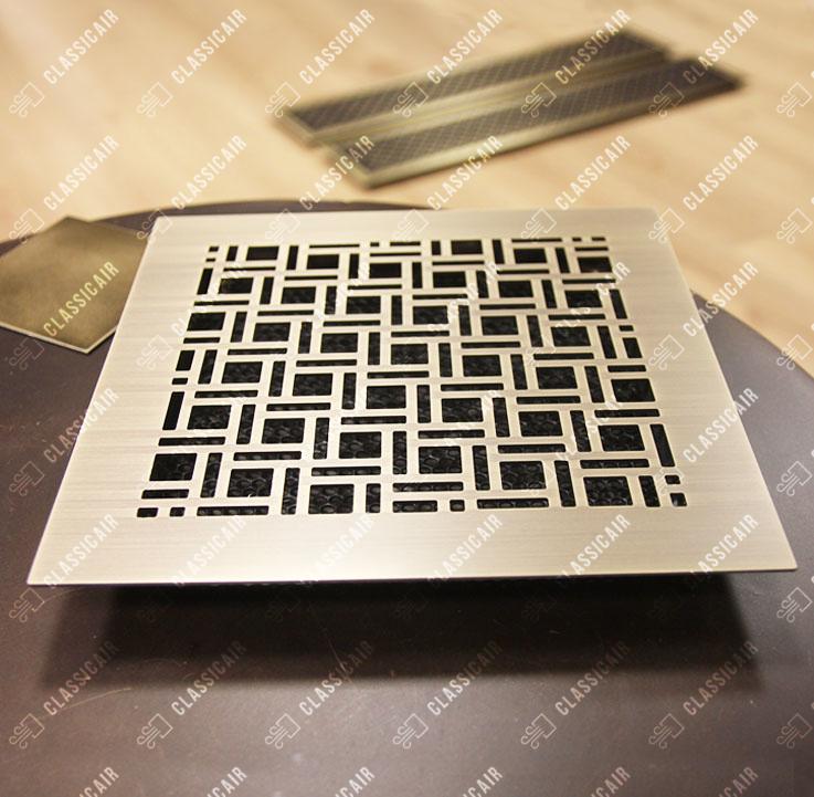 Квадратная решетка с широкой рамкой