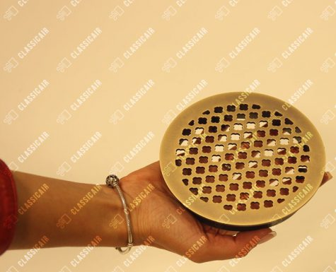 Круглая решетка для вентиляции из состаренной латуни
